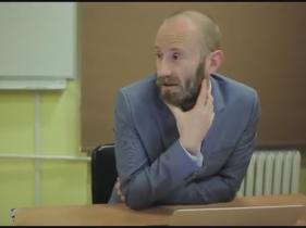 Kadr z nagrania seminarium z udziałem Mateusza Halawy